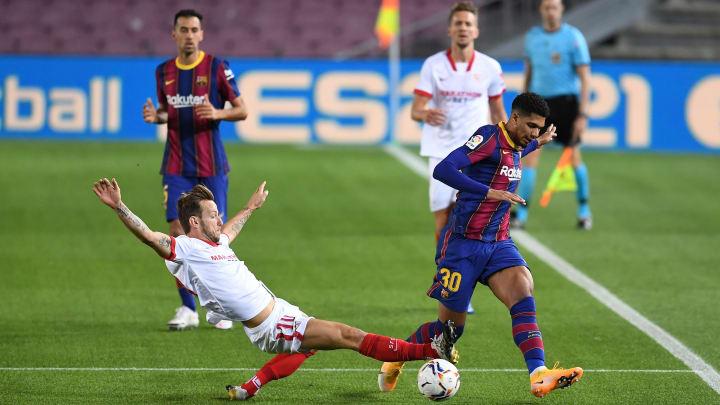 Soi kèo bóng đá hôm nay Sevilla vs Barcelona, 22h15 ngày 27/2