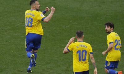 Soi kèo bóng đá hôm nay Real Valladolid vs Cadiz, 21h15 ngày 24/4